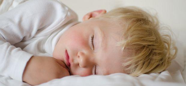 Изображение Ребенок замерзает ночью – что делать? на Schoolofcare.ru!