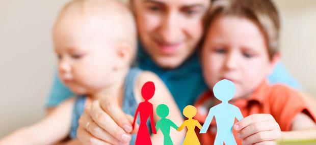 Детская ревность: что делать, если ребенок ревнует маму изоражения
