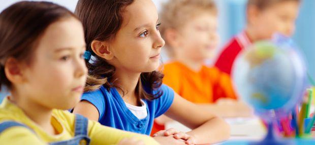 Изображение Как сохранить осанку школьника? на Schoolofcare.ru!