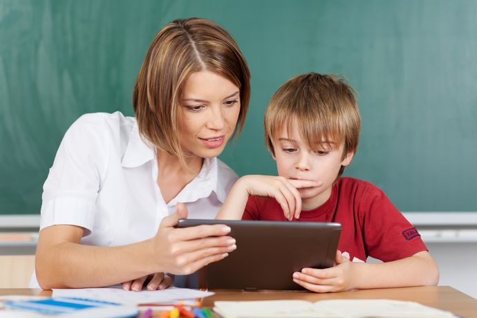 Планшет должен быть инструментом обучения  и развлечением в равной степени.