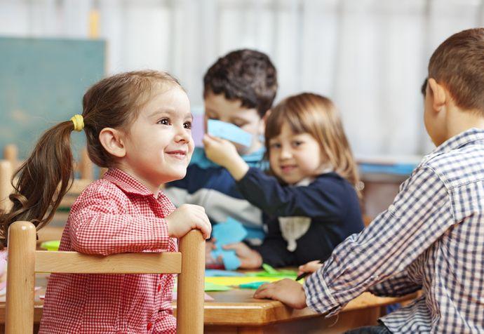 Заранее выясните, как программа подготовки к школе действует в садике.