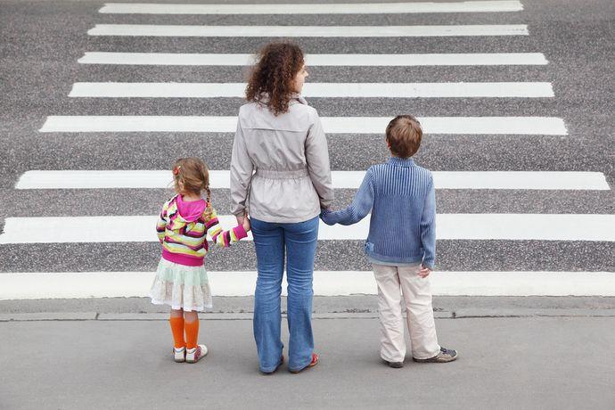 Объясняйте детям, почему существует то или иное правило, и что бывает в случае его нарушения.